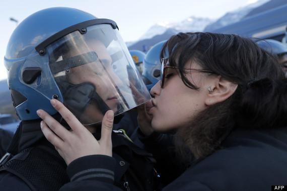 kissing policeman
