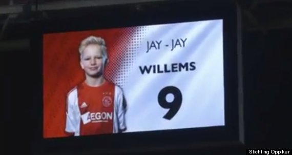 ajax sign ill boy