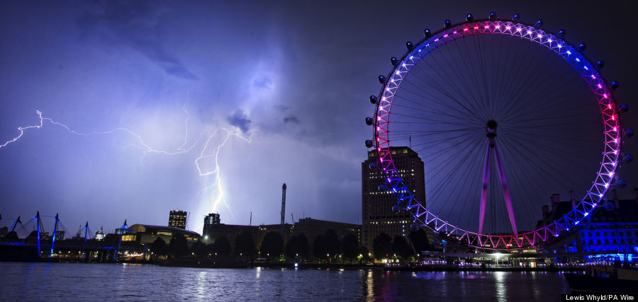 london eye lightning