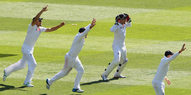 MELBOURNE, AUSTRALIA - DECEMBER 27:  Jonny Bairstow of England celebrates with team-mates after taking a catch to dismiss George Bailey of Australia during day two of the Fourth Ashes Test Match between Australia and England at Melbourne Cricket Ground on December 27, 2013 in Melbourne, Australia.  (Photo by Robert Prezioso/Getty Images)