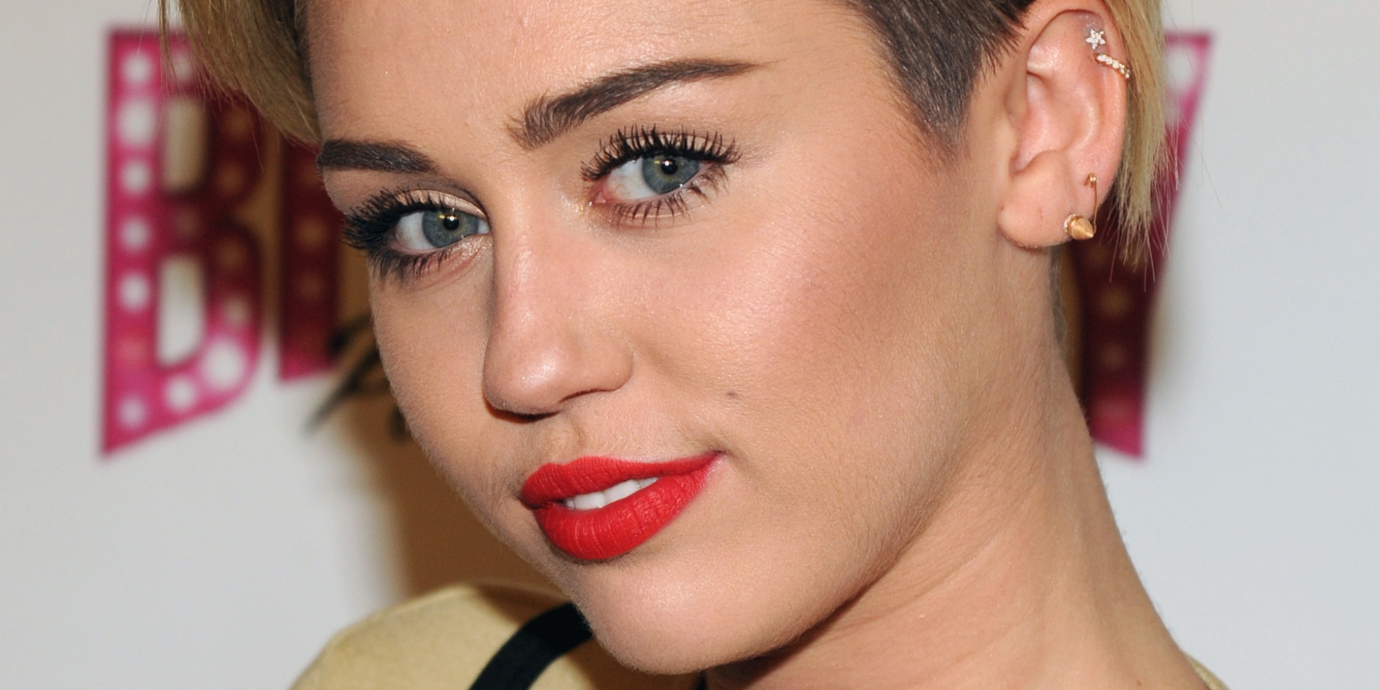 How to do celebrity eyebrows