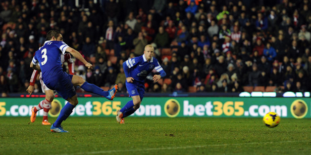 Baines equalises for Everton at Stoke