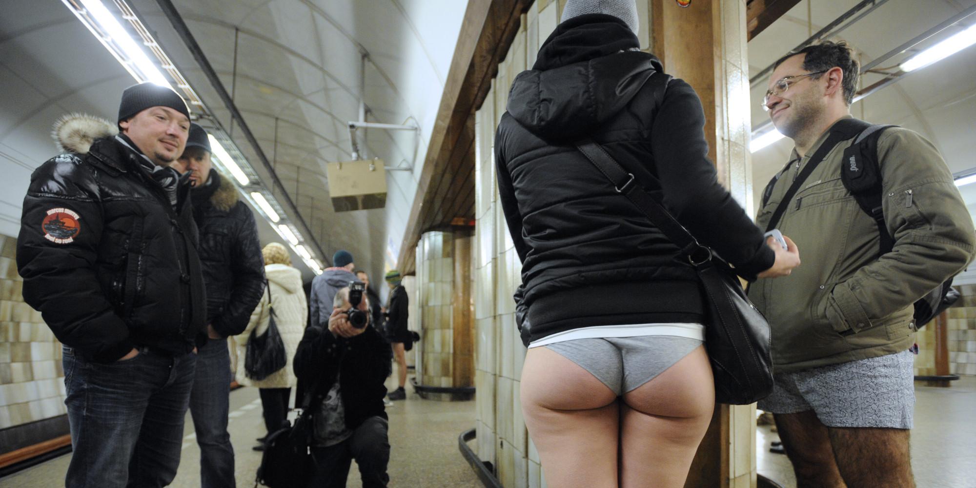 Agarron en el metro - 2 9