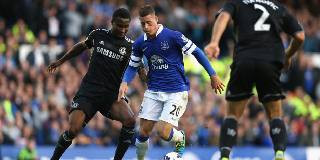 LIVERPOOL, ENGLAND - SEPTEMBER 14:  Ross Barkley of Everton competes with John Obi Mikel of Chelsea during the Barclays Premier League match between Everton and Chelsea at Goodison Park on September 14, 2013 in Liverpool, England.  (Photo by Clive Brunskill/Getty Images)
