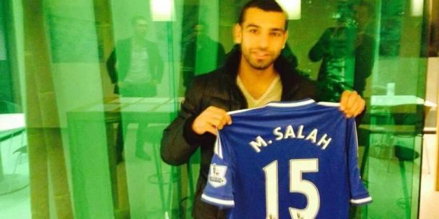 Le footballeur égyptien Mohamed Salah a signé cinq ans et demi à Chelsea