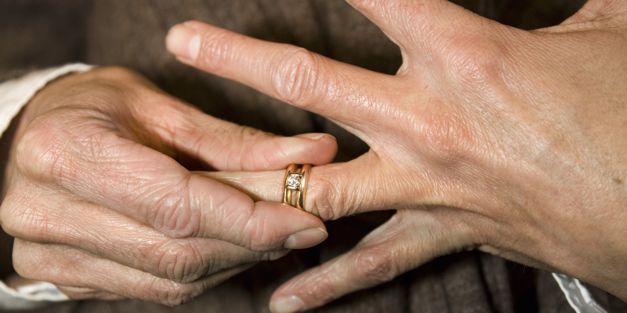 revealed: why people remove their wedding rings | huffpost uk