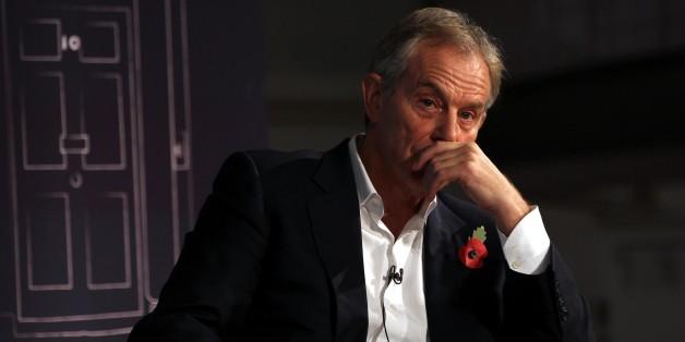 Blair backs Egypt's government