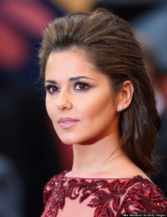 Cheryl Cole Blasts Superdrug Over Celebrity Weight Scales Huffpost Uk