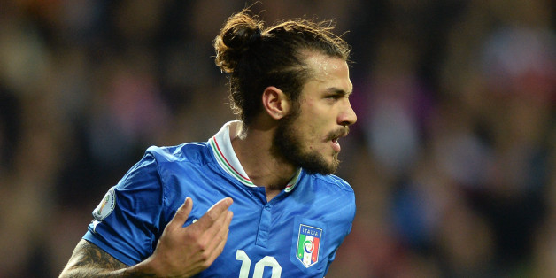 COPENHAGEN, DENMARK - OCTOBER 11:  Pablo Daniel Osvaldo of Italy celebrates after scoring the opening goal of the FIFA 2014 World Cup qualifier between Denmark and Italy on October 11, 2013 in Copenhagen, Denmark.  (Photo by Claudio Villa/Getty Images)