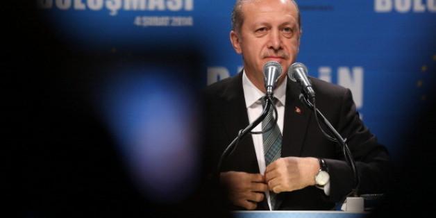 Türkeis Ministerpräsident Recep Tayyip Erdogan steht wegen eines umstrittenen Gesetzes in der Kritik