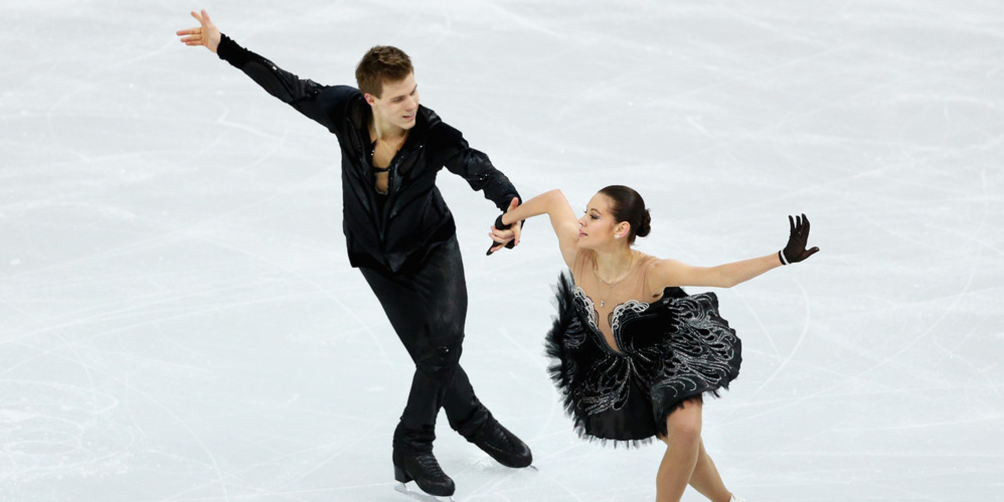 18 Of The Most Eye-Catching Costumes From The Olympic Figure Skating Team Event | HuffPost  sc 1 st  HuffPost & 18 Of The Most Eye-Catching Costumes From The Olympic Figure Skating ...