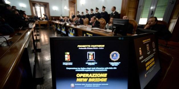 Italy, U.S. Police Break Up Major Mafia Ring
