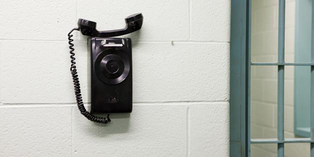 La prison de Oukacha se dote d'un commutateur téléphonique