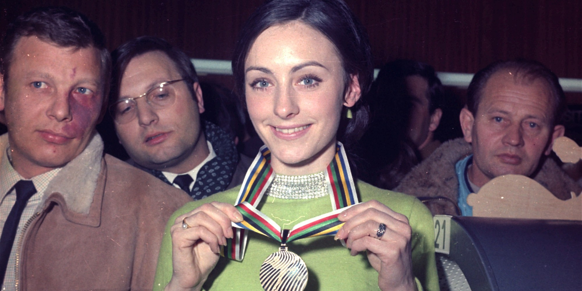 Peggy Fleming Brought Classic Glamour To The Winter Olympics (PHOTO) |  HuffPost
