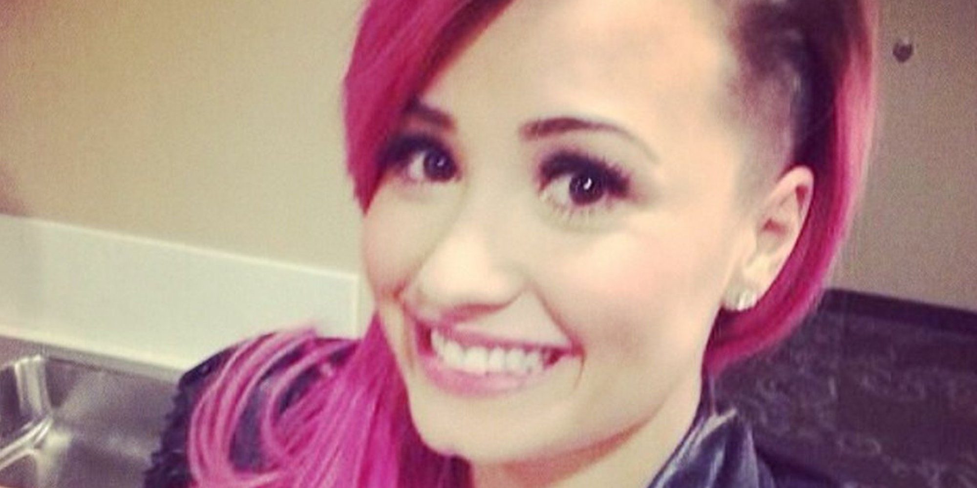 Demi Lovato Shaves Side Of Head Looks Like A Rock Star Huffpost