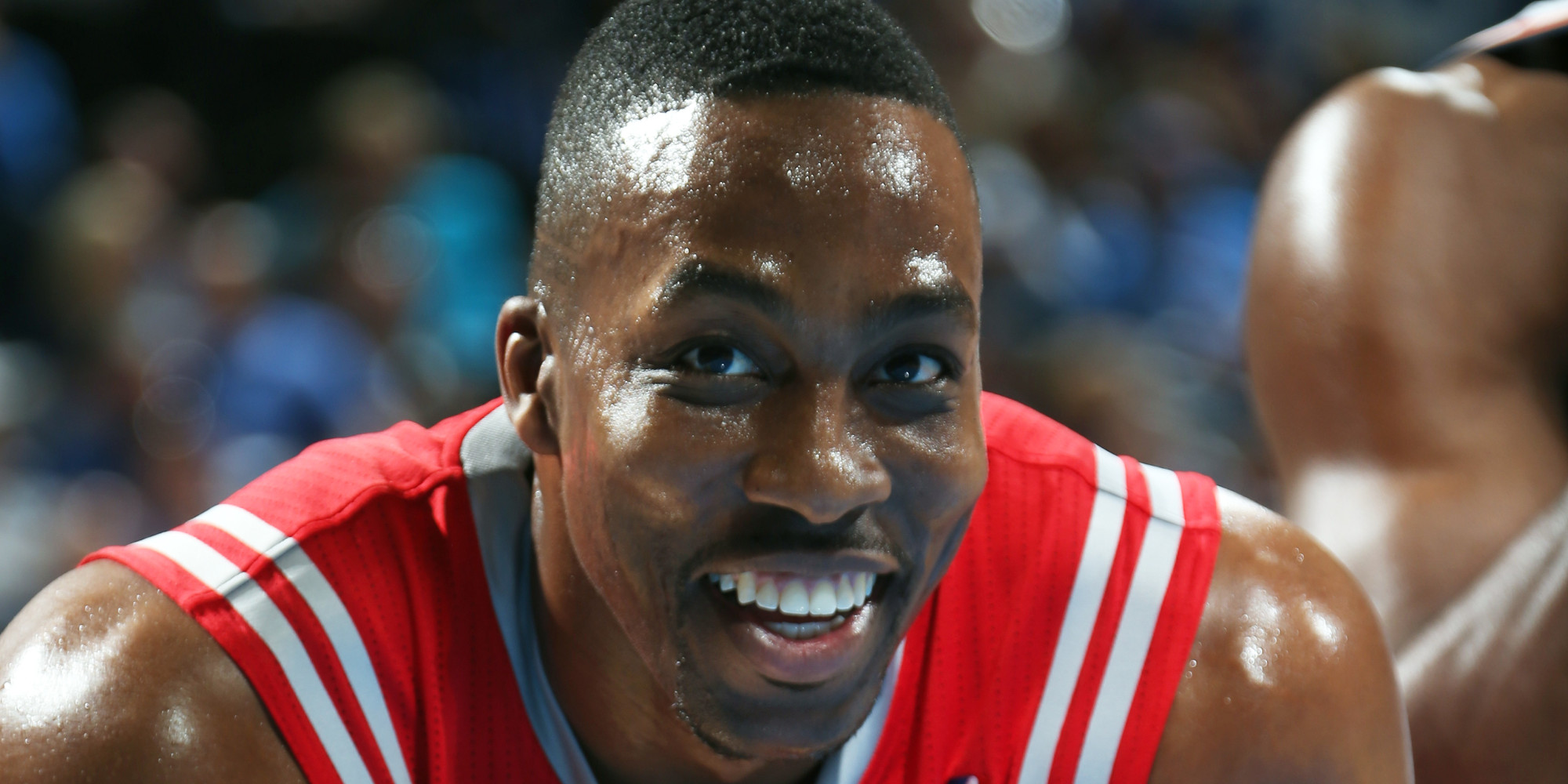 Dwight Howard Threw A Pass To Omer Asik Who Wasn t In The Game