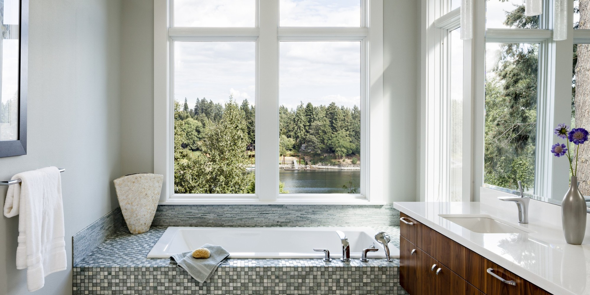 These 16 Incredible Bathrooms Are What Dreams Are Made Of PHOTOS