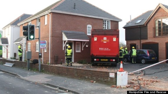 royla mail lorry crash