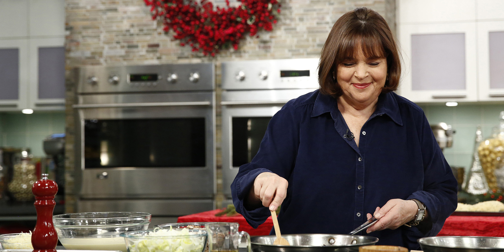 14 signs you 39 re addicted to the food network huffpost for American cuisine film