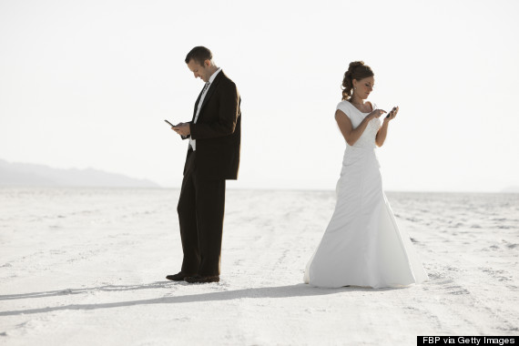 bride groom texting