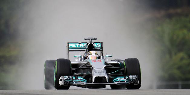 Lewis Hamilton (GBR) Mercedes AMG F1 W05.Malaysian Grand Prix, Saturday 29th March 2014. Sepang, Kuala Lumpur, Malaysia.
