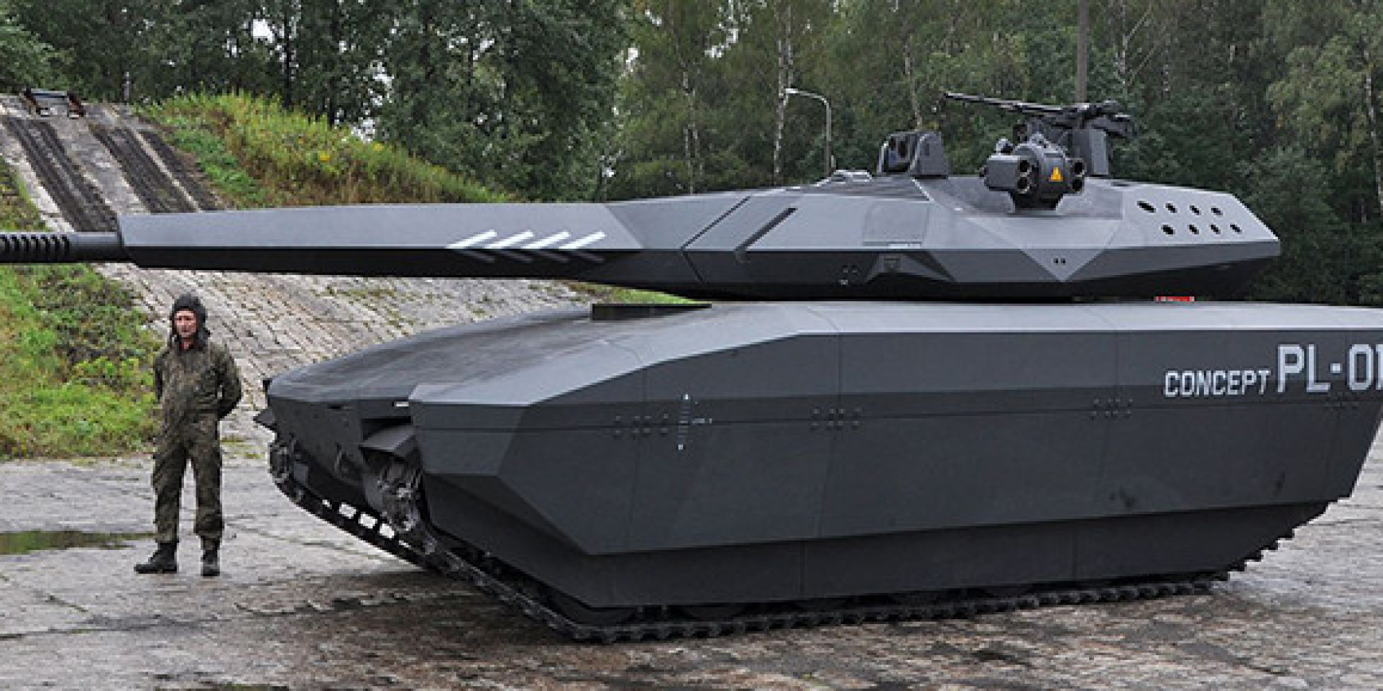 pl 01 stealth tank is practically invisible to infrared. Black Bedroom Furniture Sets. Home Design Ideas