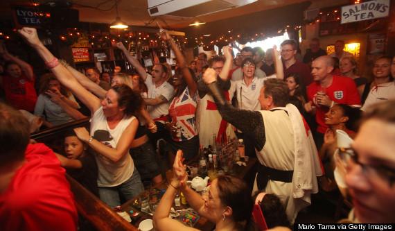 england fans pub