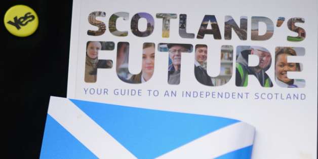 GLASGOW, SCOTLAND - MARCH 29:  Generation Yes campaigners leaflet for the Scottish independence referendum on March 29, 2014 in Glasgow, Scotland. A referendum on whether Scotland should be an independent country will take place on September 18, 2014.  (Photo by Jeff J Mitchell/Getty Images)