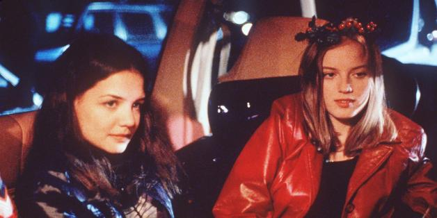 18-year-old Ronna (Sarah Polley, right), accompanied by reluctant partner-in-crime and fellow supermarket checkout clerk Claire (Katie Holmes), look to score some rent money before she's evicted on Christmas Eve in the Columbia Pictures presentation 'GO.' Columbia/TriStar