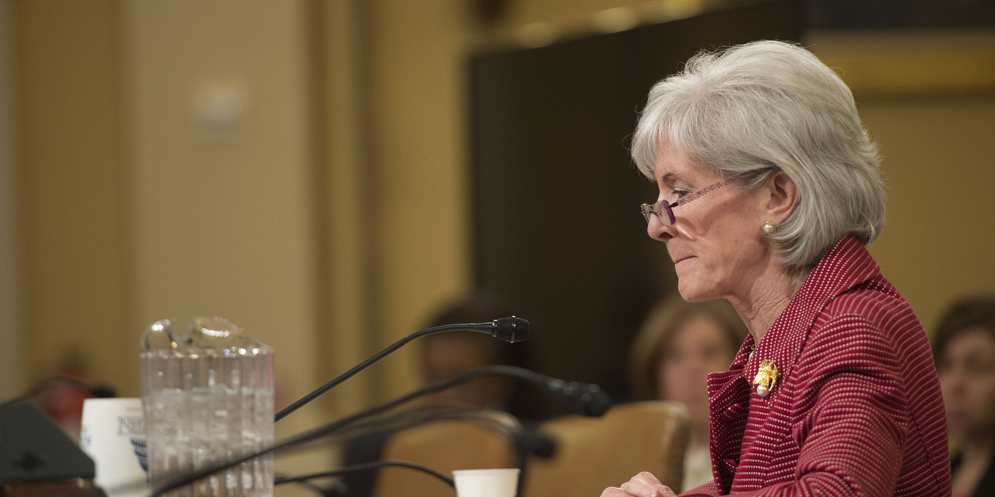 essay on kathleen sebelius This week, the first daughter of new york city traveled with her family to maryland, where ms de blasio received an award from outgoing health and human services secretary kathleen sebelius for writing an emotionally raw essay about her struggles.