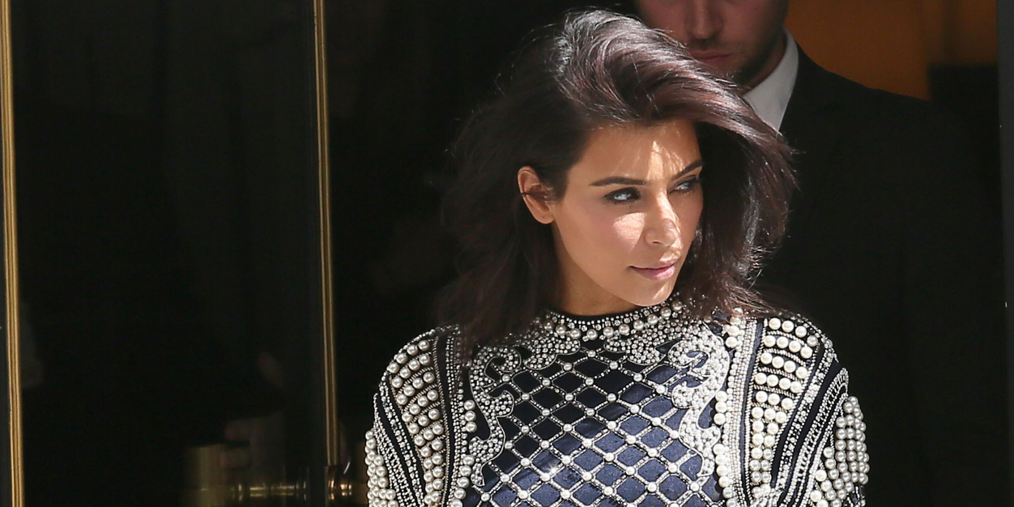 Kim Kardashian Ditches Her Hair Extensions In Paris Huffpost