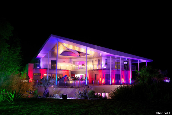 party house e4