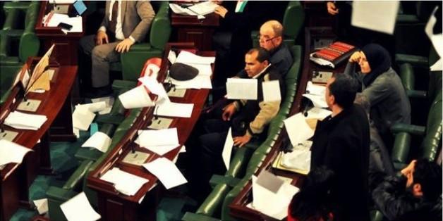 Désaccords et absence des députés ralentissent l'adoption de la loi électorale