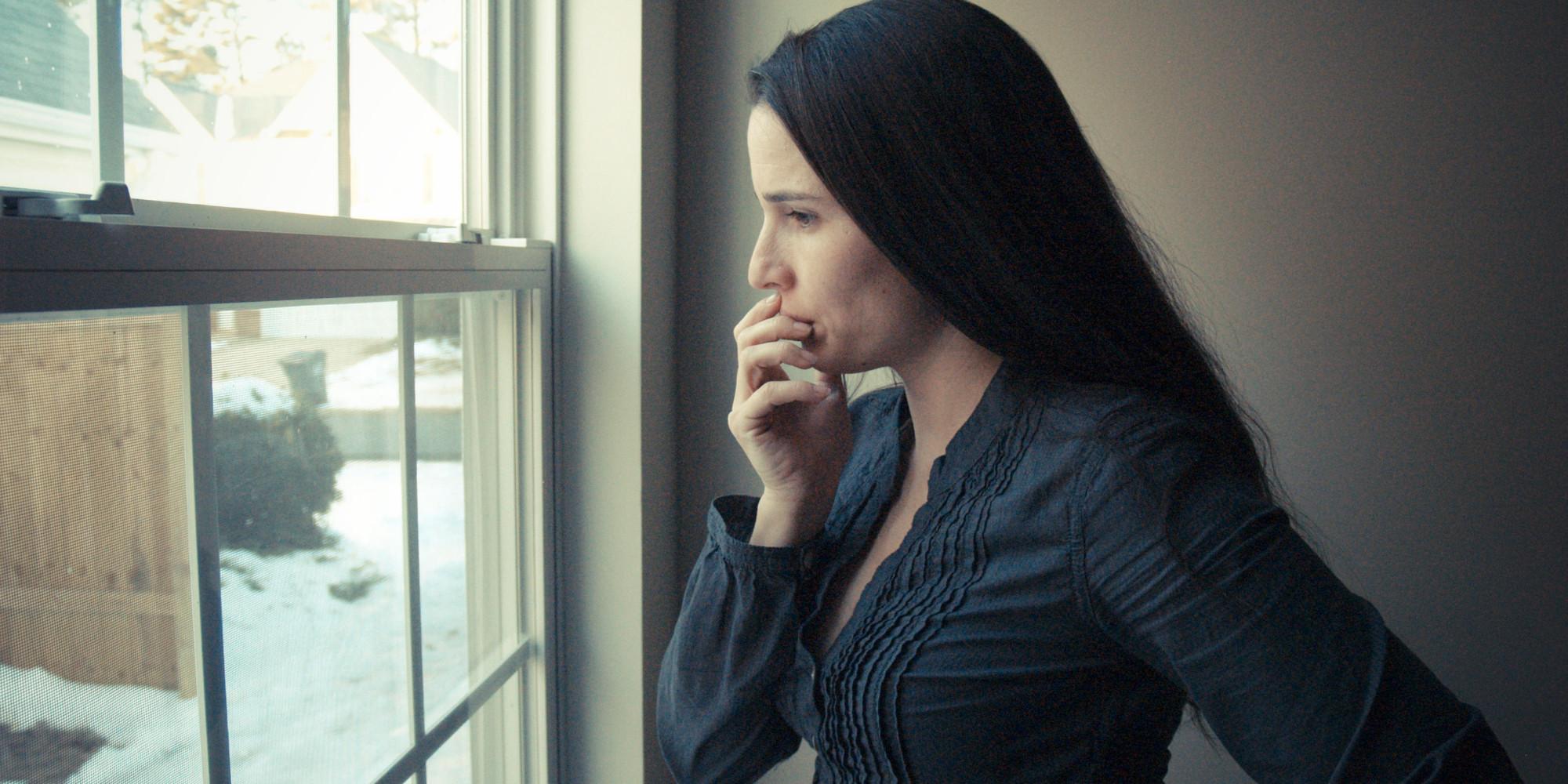 depressed woman ile ilgili görsel sonucu