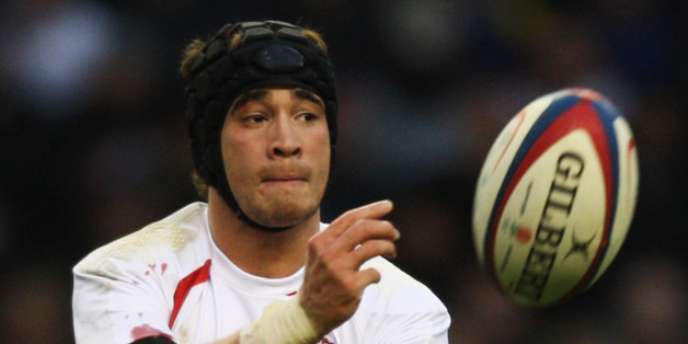 Cipriani in action during the Investec Challenge match between England and South Africa at Twickenham in 2008