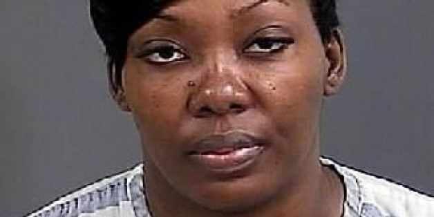 Woman Threatens To 'Shoot Everyone' Over Stale Cinnabon: Cops