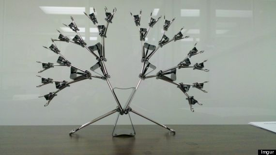 clip burst sculpture