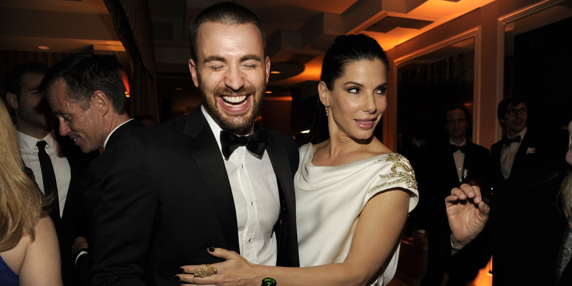 Is sandra bullock dating chris evans — 2