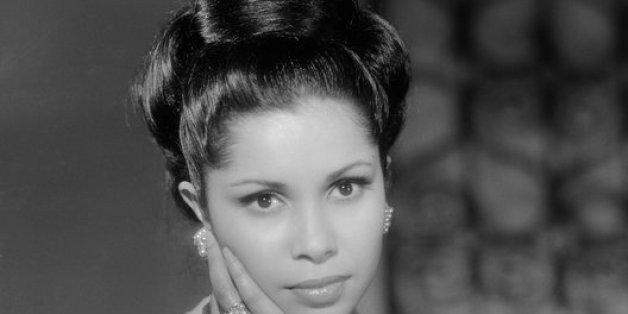 La chanteuse Noura aux débuts de sa grande carrière