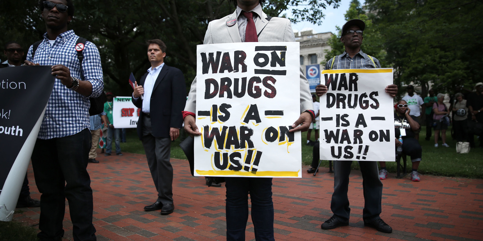 bush declared an all out war on drugs Bush held up bag of crack said to be bought in front of white house, turned out drug seller was set up for the speech bush's crack speech defined america's punitive drug war approach of 80s & 90s.