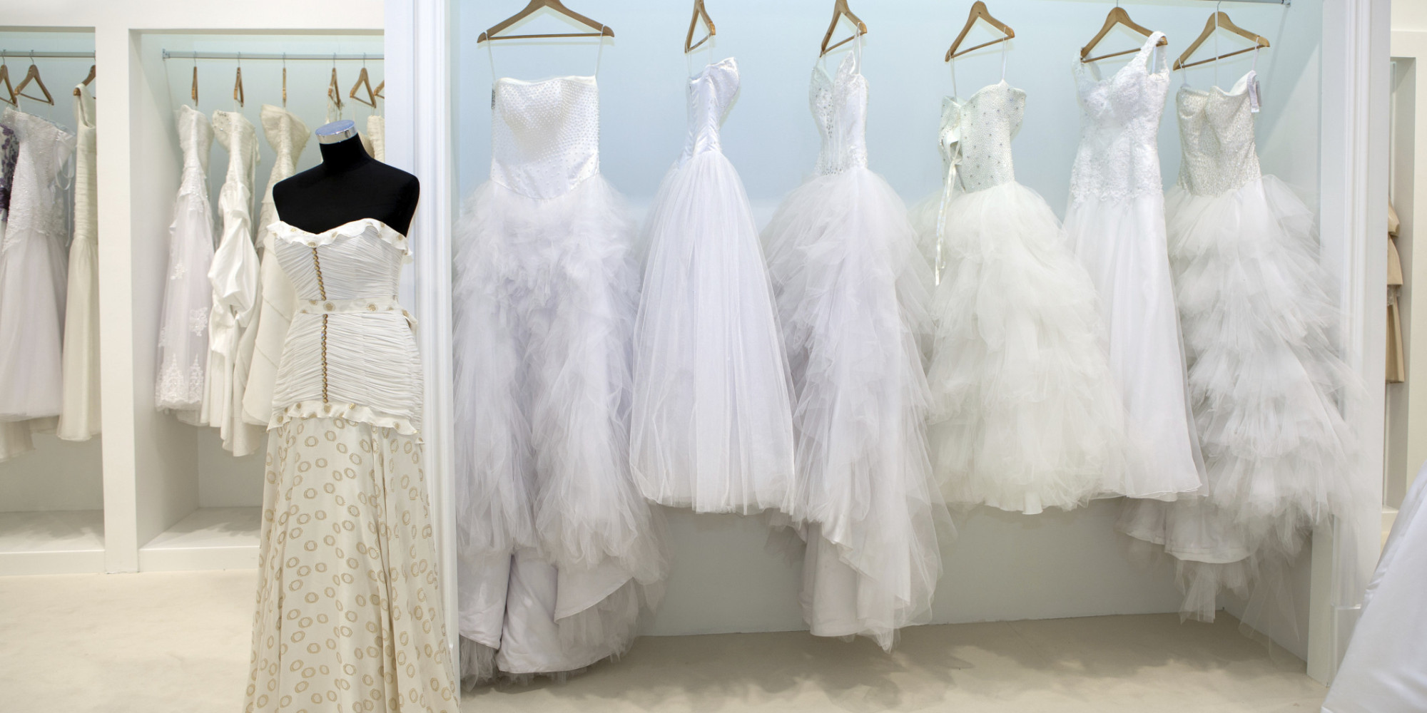 The 5 Biggest Mistakes Brides Make When Shopping For A Wedding Dress  (VIDEO) | HuffPost