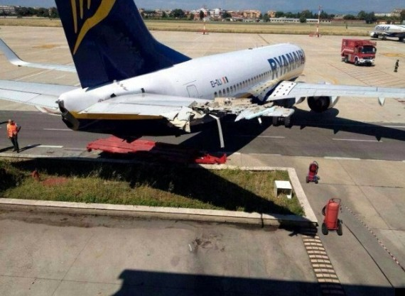 ryanair plane crash