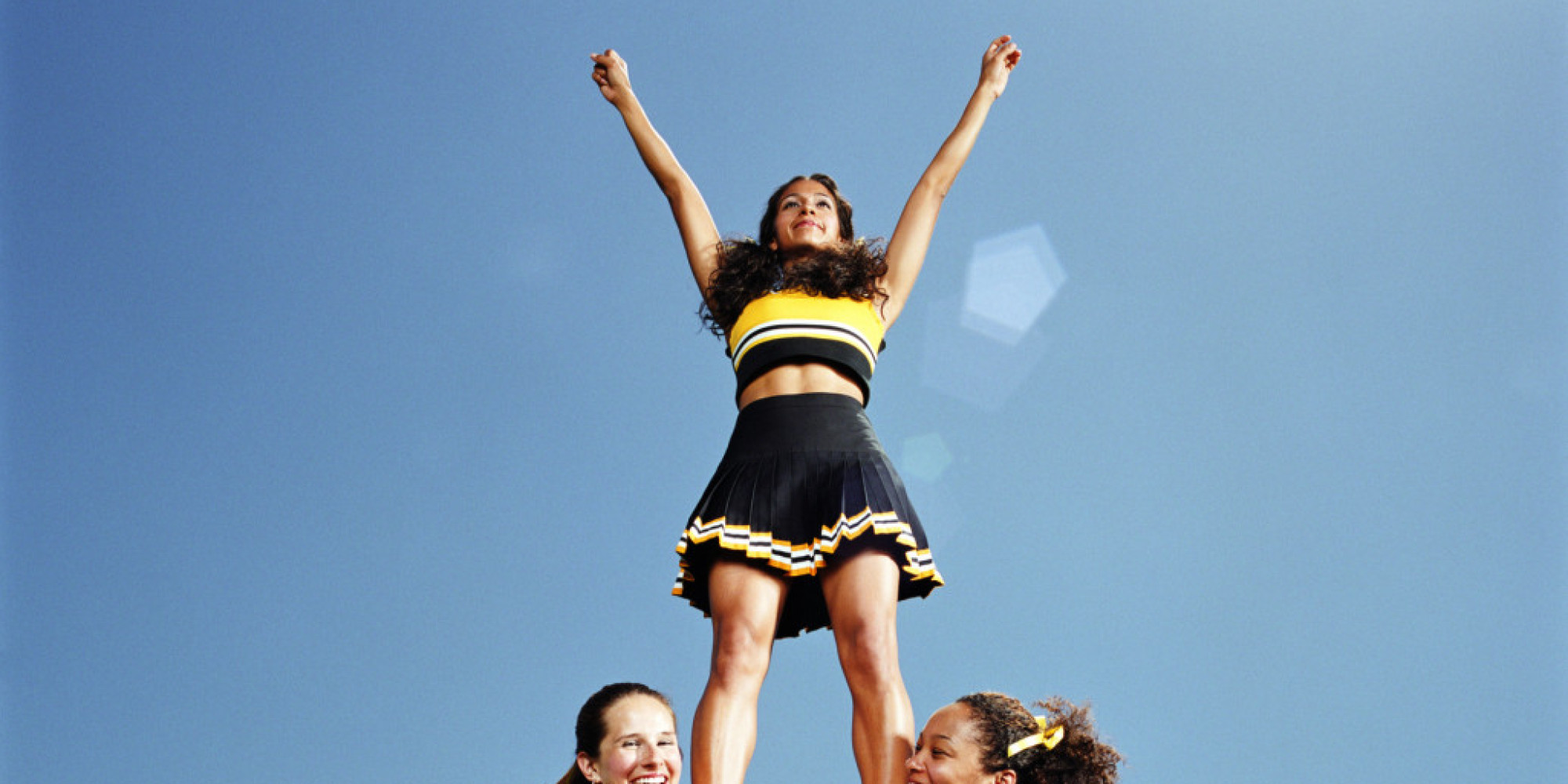 Young cheerleaders photolinks