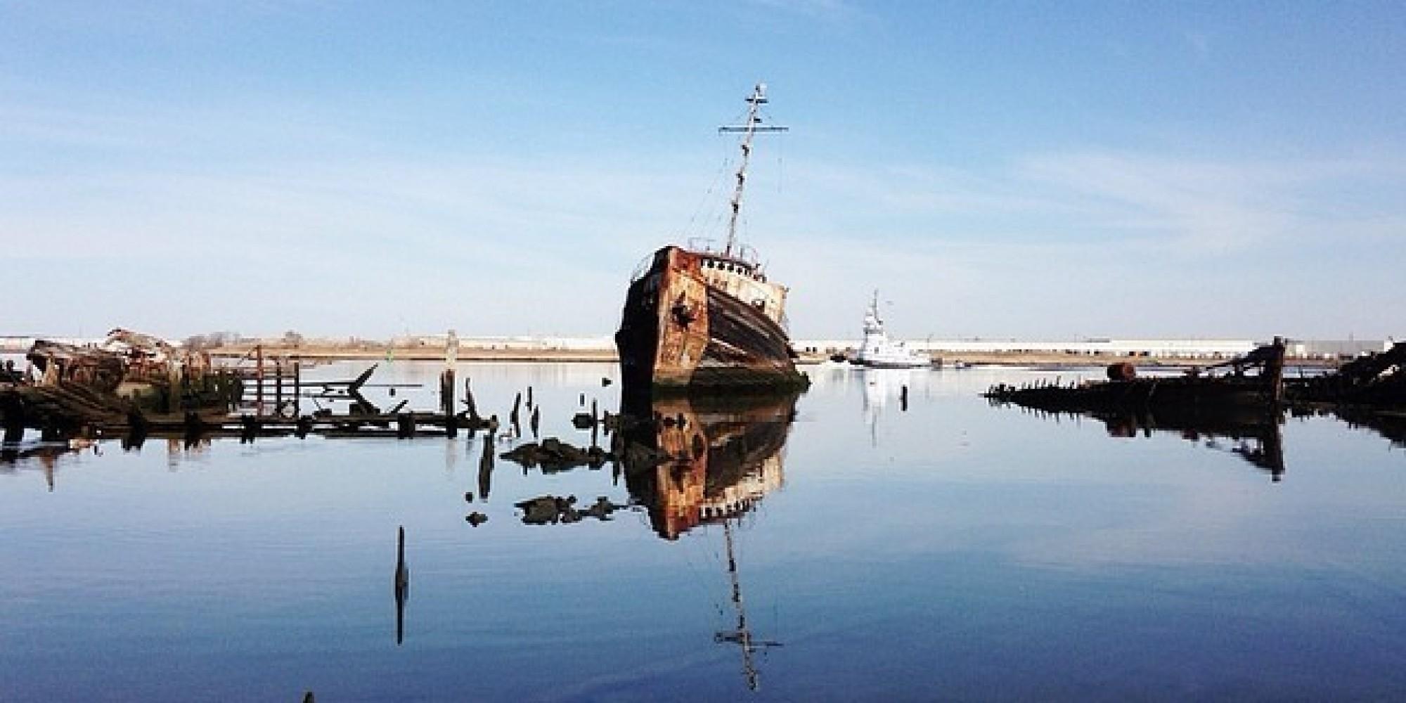 Staten Island S Tugboat Graveyard