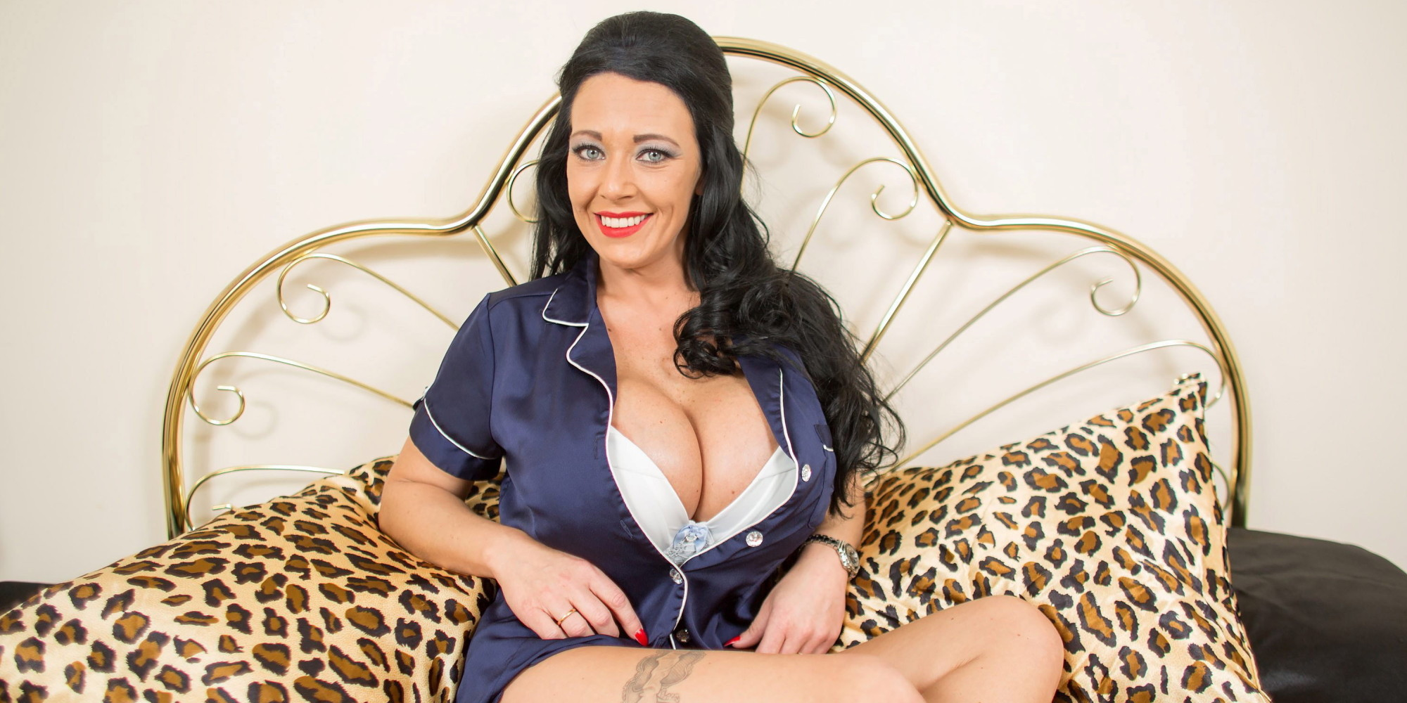 Debbie Delamar Has Britains Largest Fake Breasts