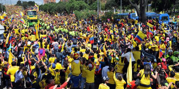 Coupe du monde: accueil triomphal pour la Colombie de retour du Brésil