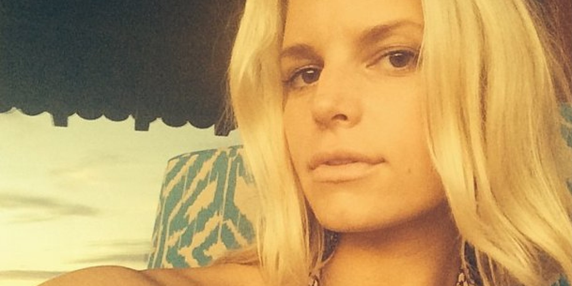 Jessica Simpson Celebrates 34th Birthday With No Makeup Selfie