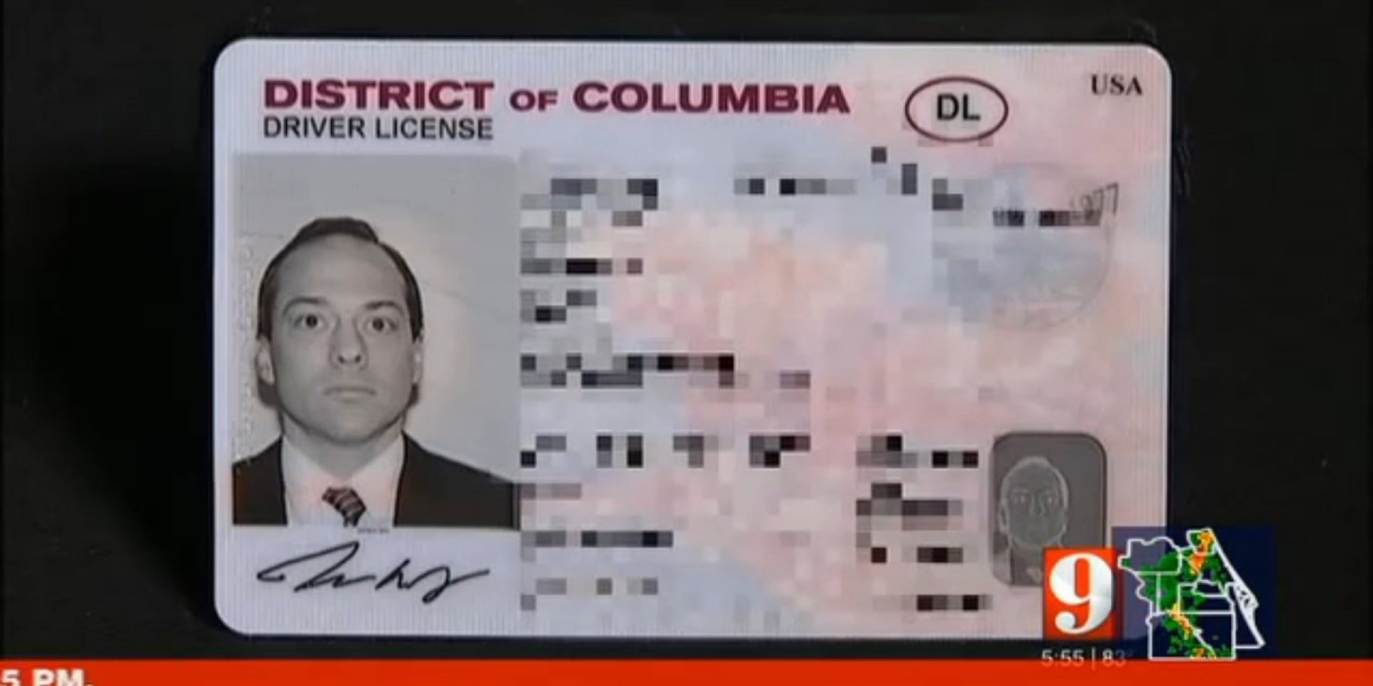 Reporter baffled after tsa agent rejects his district of columbia id reporter baffled after tsa agent rejects his district of columbia id demands to see passport huffpost altavistaventures Gallery