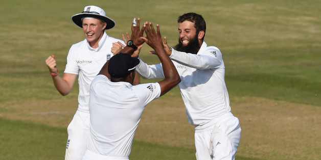 SOUTHAMPTON, ENGLAND - JULY 30:  England bowler Moeen Ali is celebrates after taking the wicket of  India batsman Virat Kholi during day four of the 3rd Investec Test  match between England and India at Ageas Bowl on July 30, 2014 in Southampton, England.  (Photo by Stu Forster/Getty Images)