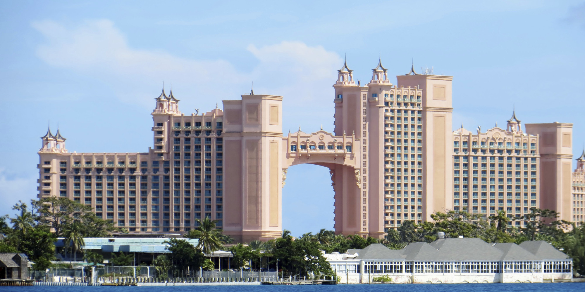 10 Things To Know About The Atlantis, Paradise Island, Bahamas | HuffPost